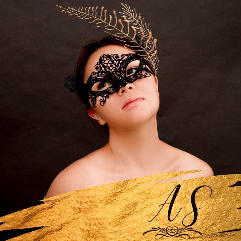 Portret za ženske v stilu karnevala