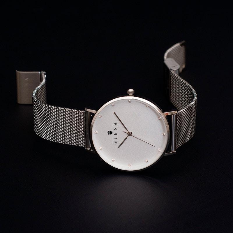 reklamna fotografija ur za katalog